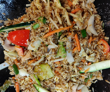 Foto Stirfried rice vegetables