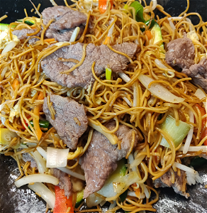 Foto Stirfried noodles beef