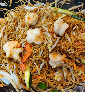 Foto Stirfried noodles shrimps